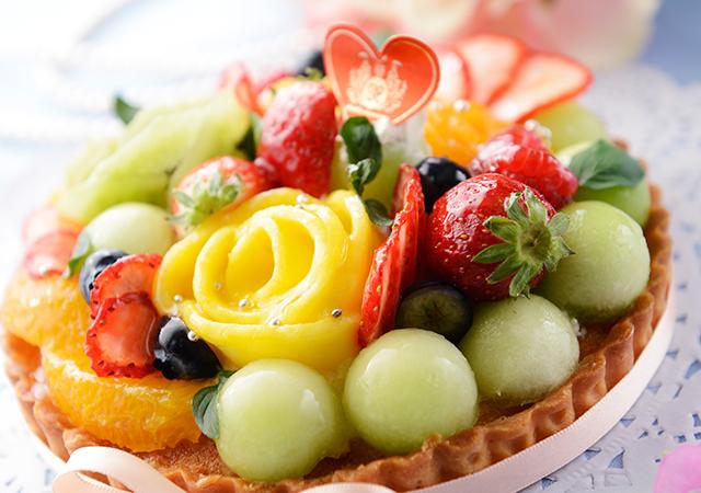 旬のフルーツを使ったブーケタルトのイメージ